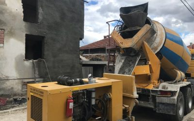Укрепване на фасада на къща с торкрет бетон (мокър способ)
