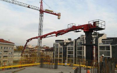 Транспортиране на бетон с дистрибуторна стрела 32+4 м.