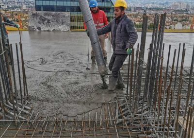 Височинно изпомпване на бетон
