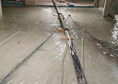 Tранспортиране на бетон в подземен паркинг