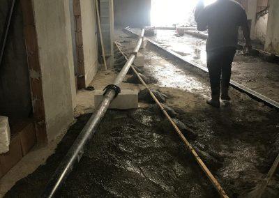 изпомпване на бетон за шлайфана бетонова настилка